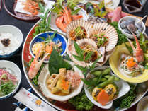 【夕食スタンダード】高知の郷土料理として有名な本格「皿鉢料理」をご用意。
