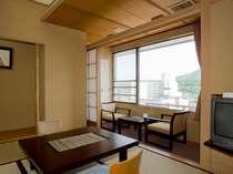 【花月館和室6畳】広くはないですが、リーズナブルなお部屋となっております。