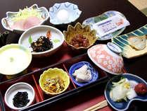 【ご朝食一例】朝ごはんも手作りの心のこもったお料理を。