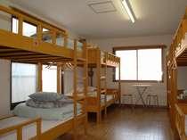 2段ベッドの客室