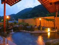 昼神温泉特有のとろりとした温泉を露天風呂で満喫♪