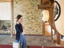 かのや光楽苑は小松空港からも車で15分♪JR加賀温泉駅からは無料送迎もございます。(送迎は要予約)