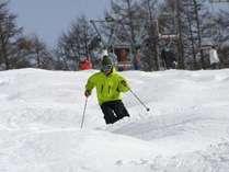 手ぶらで気軽にスキー!!レンタルフルセット&スキー場リフト券1日分付プラン