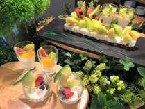 初夏の「メロンスイーツフェア」は6月3日より8月30日(8月10日から18日は海×肉フェスを開催)まで開催!