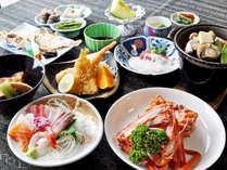 【グレードアップ夕食一例】紅ズワイガニ1杯付!日本海で獲れた魚介類を使いボリューム満点。