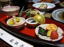*南信州の味覚をふんだんに使用した郷土会席(料理一例)