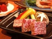 ご夕食イメージ黒毛和牛ステーキ
