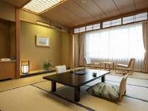 【花館客室一例(禁煙)】イ窓から広がる津軽の景色に感動。四季折々の魅力を楽しんで♪