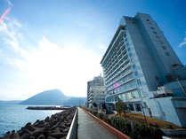 【ホテル清風外観】波の音と清らかな風にだかれ...ようこそホテル清風へ
