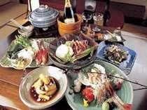 """夕食は2ヶ月ごとにその時々の旬の食材を使って、新しい""""食の提案""""を目指します。"""