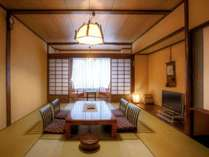 昔ながらのぬくもり溢れる和室(和室10畳 広縁付 【ぬくもり館】38平米■禁煙■)