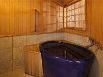 【7階特別フロア:和ツイン/701号室】客室内の温泉