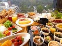 【フランス料理・ロワ】朝食は和洋バイキング♪地物の食材をふんだんに使用しています!