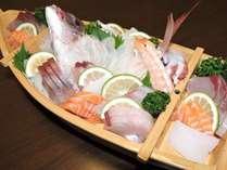【期間限定平日プラン】★海鮮船盛り+ふぐ鍋の海鮮会席★
