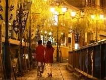 下呂温泉街の夜の散策風景(イメージ)