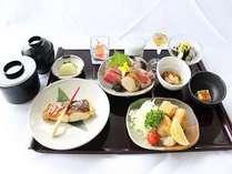 【1日5室限定】いい夫婦の日プラン1泊2食付き・・・ご夕食はレストラン浜木綿☆三崎御膳(和食)