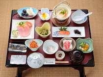 ☆女将手作りのクルミ味噌など品数も多く、好評のご朝食☆ 豆乳豆腐が女性のお客様に特に喜ばれております