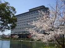 ホテル周辺春の景色