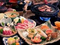 【夕食】囲炉裏で田舎の風情を、ゆっくりお楽しみ下さい