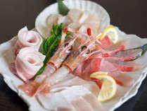 *鮮度が自慢の白身魚、ホタテ、海老などマルトならではの良質な海の幸をご用意いたします。