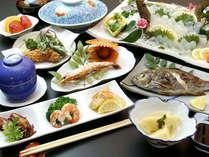 お手頃価格!決してキレイな懐石料理ではないけれど、旬と鮮度が自慢です!!