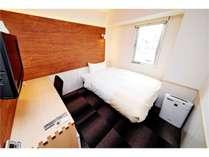 【ダブルルーム】ベッド150cm 12平米/定員2名