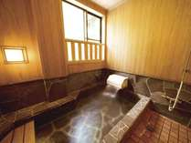 産湯ラドン温泉で体の芯からぽっかぽか~♪檜の香り漂う浴槽でごゆっくりおくつろぎください。