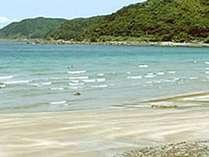 ビーチまで徒歩すぐ!きらっきらの海が目の前に広がります☆