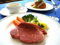 極上飛騨牛のステーキがメインのイタリアンコースディナーが楽しめます♪
