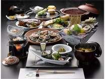 時期最良の地魚と地野菜を盛り込んだ会席「お糸路」