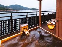 """◆客室露天風呂◆「お好きなときに、気兼ねなく――。」が実現。絶景自慢の""""客室露天風呂"""""""
