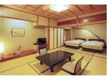 8帖の客室+ツインベッドのお部屋で