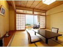 日本海が一望海に沈む絶景の夕日がご覧いただけます