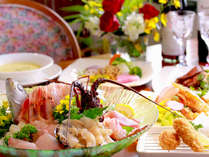 【夕食】期間限定~伊勢エビ&アワビの盛り込み 季節の一例