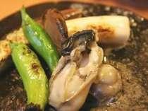 【初夏限定】肉厚ぷりぷりっ♪富山湾で育った岩ガキをいろんな味わい方で♪〈岩牡蠣会席プラン〉