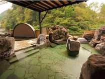 【フォレストテラス豊後の湯】渓谷を眺める露天風呂