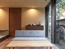 新館203:ガーデンビュー半露天風呂デラックス キングベッド