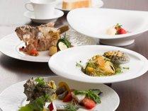 関門海峡で採れた魚介類や、地元産のお野菜を使用したコース。