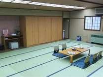 山側に立地の客室の為、下呂温泉を一望できませんが、広々とした和室。グループでのご利用におすすめ!