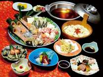 料理長特製のだしで魚介やお肉、野菜の旨みを存分にお楽しみください。