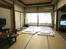 食事は箱根の専門店でリッチに満腹に。体の休日はたきいで満癒しして下さい。~素泊まりレイトプラン