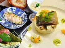 お夕食は洋食・和食とお選び頂けます。(和食の場合は追加お一人様につき1050円)