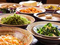"""<朝食ブッフェ>海ブドウにゴーヤ、クーブイリチー。""""沖縄の味""""も、ブッフェでお好きなだけ!"""