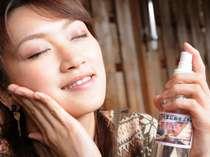 美肌の素・メタケイ酸をたっぷり含む美人の湯を顔にバシャバシャっと!しっとりスベスベ♪