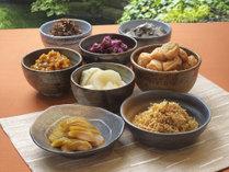 ◆リモネ朝食◆関西ゆかりの香の物(奈良漬、柴漬、紀ノ川漬、紀州梅、金山寺味噌など)