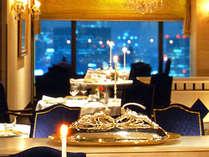 【レストラン シャンボール】ホテルのメインダイニングで、記念日を。