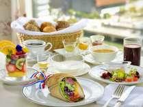 野菜やスーパーフードなど約30種の食材を使用した朝食『Chef's Bouquet』