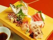 地魚プランの刺身1人前イメージ。鯵は相模湾の幸、一番人気の刺身です