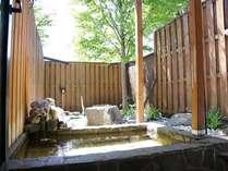 各大浴場の露天風呂の温泉が白馬姫川温泉に変わりました!柔らかめのお湯が旅の疲れを癒します。