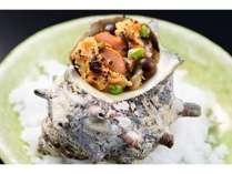 料理一例:能登漁師の浜焼 さざえの自家製味噌焼